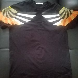 Men Givenchy t- shirt black & gold pre owned